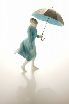 """""""Gust In The Rain"""", mini sculpture in clay stone powder, tinted watercolor or acrylic, by artist Tanaka Kazuhiko Human Sculpture, Sculpture Art, Sculptures, Ceramic Clay, Ceramic Pottery, Paper Clay, Paper Art, Muse Kunst, Parasols"""