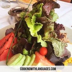 """A simple but scrummy """"ensalada del chef""""  """"chef's salad"""". Can you name the ingredients? We make #languagelearning fun! #aprenderingles #aprenderespañol #learnspanish #learnenglish #mfl #bilingual #cookingwithlanguages #cooking4kids #language #ahamijas #easyrecipe #mkbfood #cookwithkids #schoolgarden #huerta #growyourown #homegrown Watch out for our #Kickstarter campaign for new and exciting ideas! http://ift.tt/2cvZq9T"""