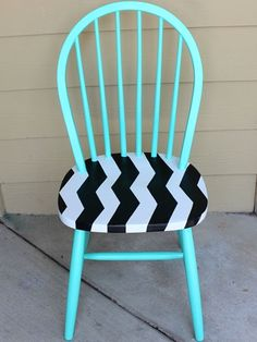 Obsessed with this Chevron Chair! Must try at home: http://www.ivillage.com/chevron-diys-make-your-home/7-a-546124