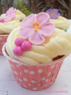 Cupcake de zanahoria y cabello de angel