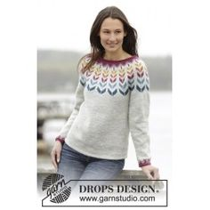Knitted DROPS jumper with round yoke and Nordic pattern in Karisma. Size: S - XXXL. Free knitting pattern by DROPS Design. Crochet Cardigan Pattern, Sweater Knitting Patterns, Knit Patterns, Free Knitting, Drops Patterns, Drops Design, Moda Crochet, Knit Crochet, Pulls