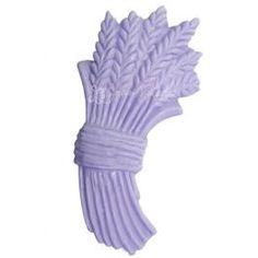 """Molde de silicona  """"Ramo de Lavanda"""" Con este molde de silicona harás un ambientador ideal para decorar tú casa. Necesitarás: escayola, colorante para velas pigmento,    esencia aromática de lavanda y cordón cuelgaduchas. Te invitamos a ver el video: cómo hacer ambientador decorativo. #diy"""