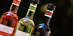 Vinul are numeroase beneficii pentru sănătate, însă știați că cei care preferă vinul în locul altor băuturi alcoolice au și un stil de viață mai sănătos?
