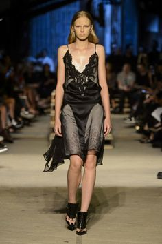 See All the Looks from Givenchy Spring/Summer 2016