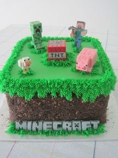 Minecraft grass block birthday cake - Oreo and Teddy Graham crumbs Less figures on top. Skarlett instead of minecraft. Minecraft Torte, Minecraft Birthday Cake, Diy Birthday Cake, Birthday Fun, Birthday Parties, Minecraft Cupcakes, Birthday Ideas, Easy Minecraft Cake, Birthday Cakes For Boys