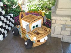 This is a balloon Mater, I wish these people were around here! I would love this for SeanDavids 3rd birthday