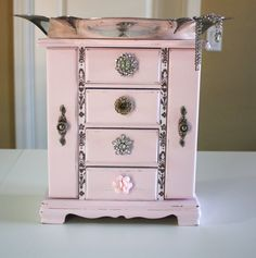 Pretty in Pink Jewelry Box by julieanns on Etsy, $95.00 Armoire Makeover, Jewelry Box Makeover, Pretty In Pink, Jewerly Box Diy, Gomme Laque, Painted Jewelry Boxes, Painted Boxes, Pink Jewelry, Vintage Jewelry