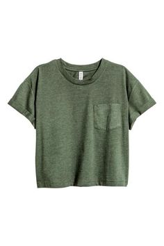 Cropped T-shirt: Cropped jersey T-shirt with a chest pocket and sewn-in turn-ups on the sleeves.