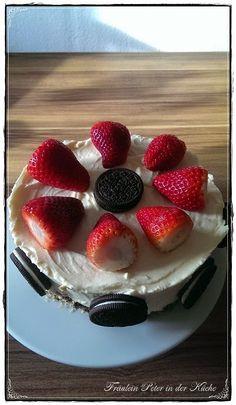 Fräulein Peter in der Küche: Oreo-Cheesecake mit Erdbeeren ohne Backen