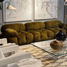 Living Room Sofa, Home Living Room, Interior Design Living Room, Eclectic Furniture, Furniture Design, Living Room Decor Inspiration, Aesthetic Room Decor, Apartment Interior, B & B