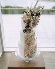 Yolk (@cakesby_yolk) • Instagram photos and videos Buttercream Cake, Brides, Design Inspiration, Invitations, Cakes, Photo And Video, Photos, Wedding, Instagram