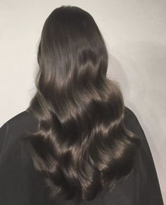 Buy Hottest Clip-in Human Hair Extensions Online Shiny Hair, Dark Hair, Hair Inspo, Hair Inspiration, Grunge Hair, Dream Hair, Hair Day, Pretty Hairstyles, Indian Hairstyles