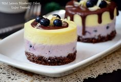 Mini tortulete with blueberry and lemon mousse Lemon Mousse Cake, Sweet Pastries, Food Cakes, Indian Food Recipes, Cake Recipes, Cheesecake, Good Food, Food And Drink, Blueberry