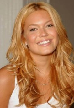 Light strawberry blond hair.. This looks like my new color :)