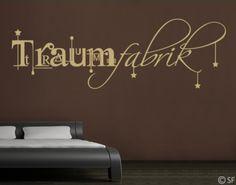 Wandtattoo Traumfabrik - ein wunderschönes Motiv für das Schlafzimmer.