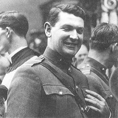 Michael Collins 1890 - You can imprison a revolutionary but you cannot imprison the revolution. Ireland 1916, Irish Independence, Scotland History, Michael Collins, Irish Culture, Irish American, Irish Traditions, Irish Recipes, Modern History