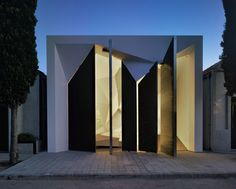 Pantheon Nube in Murcia, Spain by Clavel Arquitectos.