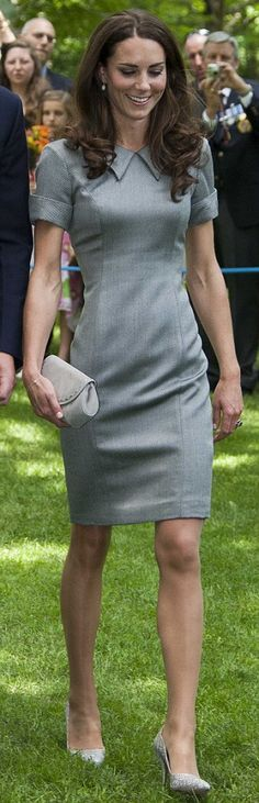Kate chose a grey pencil dress during her trip to Canada