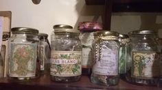 Reciclagem de vidros de geleias e conservas.