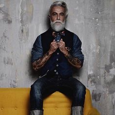 Mens Fashion Hipster – The World of Mens Fashion Moda Hipster, Estilo Hipster, Hipster Outfits, Hipster Fashion, Mens Fashion, Dandy, Estilo Cafe Racer, Hipster Wedding, Men With Grey Hair