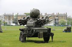 A Rapier Missile System During London Olympics Security Exercise by Defence Images Army Vehicles, Armored Vehicles, Tank Armor, British Armed Forces, Military Helicopter, Big Guns, Military Weapons, Military Equipment, Survival