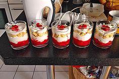 Erdbeer-Käse-Sahne-Kuchen im Glas (Rezept mit Bild) | Chefkoch.de