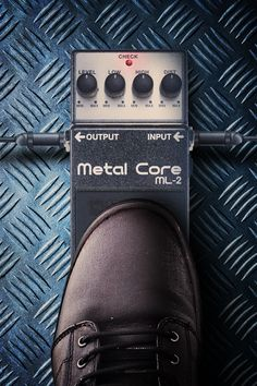 Metal Core - Extreme Metal in a Compact Pedal Guitar Effects Pedals, Guitar Pedals, Boss Effects, Boss Pedals, Extreme Metal, Free Iphone Wallpaper, Pedalboard, Music Artists, Core