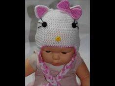 Touca Hello Kitty em crochê - Professora Simone Crochet Baby Hats, Crochet Yarn, Crocheted Hats, Hello Kitty, Princesa Charlotte, Crochet Videos, Yarn Projects, Knitting Accessories, Lana