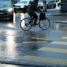 53992 Männer und Frauen sind im Frühsommer im Rahmen der Aktion «bike to work» mit dem Velo zur Arbeit gefahren. Das sind fast 1500 mehr als im Vorjahr. Gemeinsam knackten die Pendler erstmals die Marke von 10 Millionen Velokilometern.