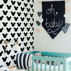 Micky Wall Sticker Baby Nursery Wall Decal DIY Mouse Wall Sticker Kids Room Decors Cut Vinyl Stickers P30