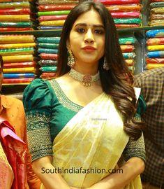 Pattu Saree Blouse Designs, Blouse Designs Silk, Designer Blouse Patterns, Bridal Blouse Designs, Sari Blouse, Sari Dress, Design Patterns, Hand Work Blouse Design, Simple Blouse Designs