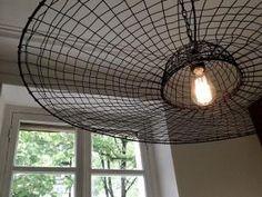 Suspension spectaculaire en fil de fer. Tout juste installée. Spectacular suspension wire. Just... • Hellocoton.fr