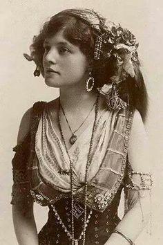 Albanian traditional women costume