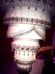 Kaley Cuoco Wedding Cake Upside Down Chandelier