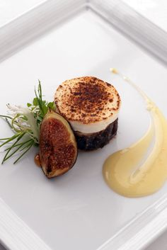 This wonderful savoury tart recipe combines creamy Camembert with the sweetness of figs and savoury onions. Marcello Tully's Camembert tart recipe is one to love