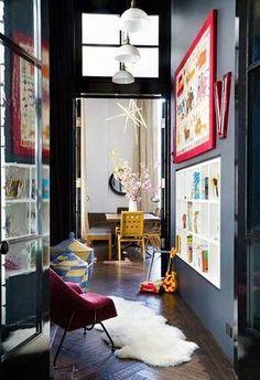 12 id es d co pour styliser un couloir long troit ou - Decoration couloir long et etroit ...