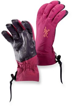 The Arc'teryx Beta AR women's gloves are designed for alpine adventures and made to fit female hands. #REIGifts