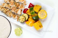 Paprikáš z hlivy ústricovej Sushi, Chicken Recipes, Fit, Ethnic Recipes, Red Peppers, Ground Chicken Recipes, Shape, Recipes With Chicken, Sushi Rolls