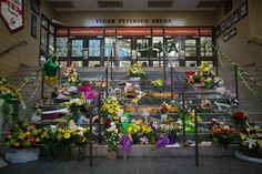 A Town That Lives for Hockey Is Devastated by Humboldt Broncos' Deaths Cnn News, Fifa World Cup, Ice Hockey, Broncos, Ny Times, First World, Death, English News, Entertaining