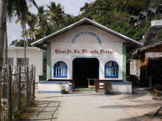A little church near the beach in Apo Island. Oriental, Cabin, Island, House Styles, Beach, Outdoor Decor, Home Decor, Black, Block Island