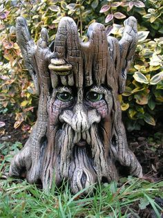 ASH TREE ENT PLANTER TROLLS GNOMES GARDEN LORD RING