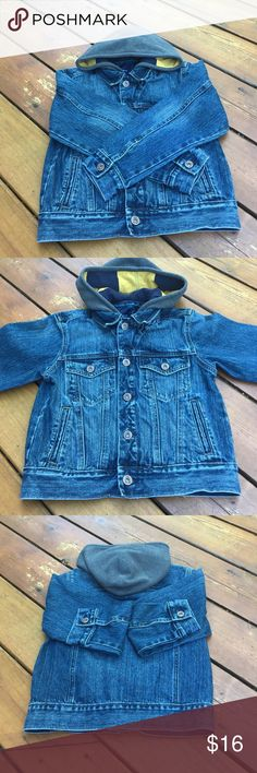 Boy's Gap Denim Jacket Boy's Gap Denim Jacket. So ruggedly cute! Size:Medium. Very gently used. EUC. Color is denim blue hood is not detachable the color us gray on outside & inside hood is navy blue & yellow stripe. Long sleeves. Button closure. 2 front button chest pockets & 2 front regular pockets. Shell 100% cotton. Hood 80% cotton. 20% polyester. Machine wash. Tumble dry. NO TRADES. Gap Jackets & Coats Jean Jackets
