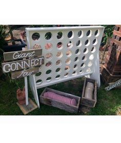 Lawn Games - Giant connect 4 (for rent no instructions)