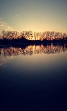 Niby zwykle jezioro,ale jakie cudowne,tajemnicze
