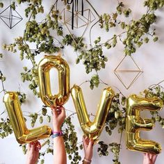 """Cheap party decoration, Buy Quality engagement party decorations directly from China photo props wedding Suppliers: 4pcs/lot 16inch """"Love""""Gold/Silver Foil Balloon Bridal Shower Balloon Bridal Photo Props Wedding Engagement Party Decoration"""