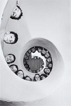 Martine Franck and Henri Cartier Bresson Henri Cartier Bresson, Vintage Photography, Film Photography, Street Photography, Inspiring Photography, Urban Photography, Color Photography, White Photography, Black White Photos