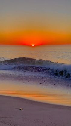 Beautiful Beach Pictures, Beautiful Photos Of Nature, Beautiful Images, Sunset Pictures, Water Live Wallpaper, Ocean Wallpaper, Wallpaper Nature Flowers, Beautiful Nature Wallpaper, Moonlight Photography
