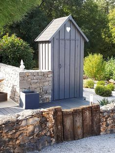 Small Garden Tool Shed, Tool Sheds, Outdoor Structures, Inspiration, World, Beach, Local Technique, Home Decor, Plein Air