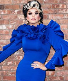 Manila Luzon. #fashion #blue #dragqueen Drag Queen Outfits, Manila Luzon, The Vivienne, Gender Bender, Club Kids, Rupaul, Amazing Women, Hot Girls, The Incredibles