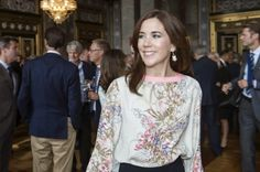 MYROYALSHOLLYWOOD FASHİON:  Danish Royal Family attended a reception at Christiansborg Palace, August 20, 2014-Crown Princess Mary